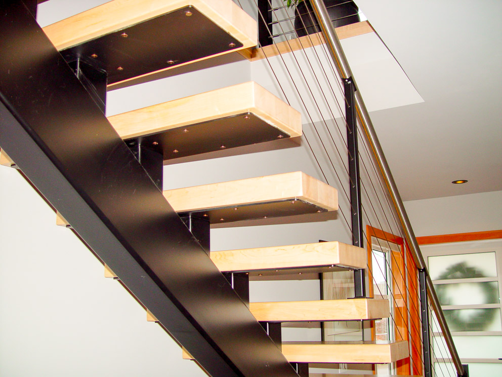 Cable railing and single rafter staircase